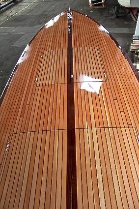 altes-polizei-rennboot-14