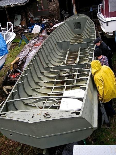 polizei-rennboot-werft-01