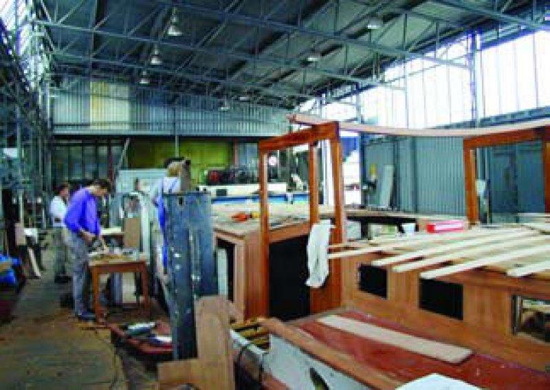 Wiederaufbau Engelbrecht Boot DON JUAN 1