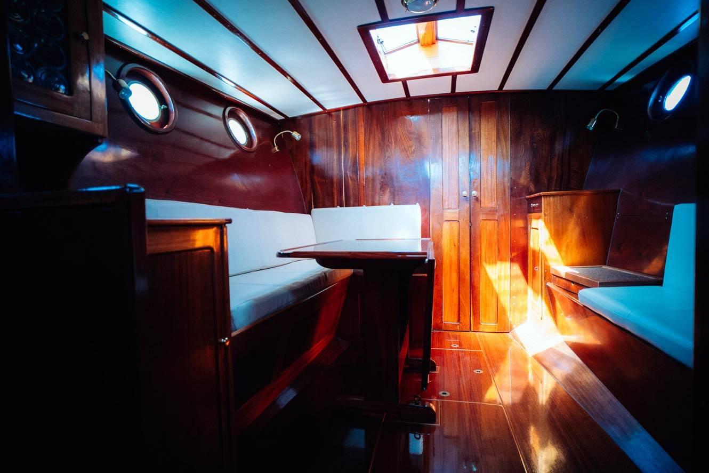 Kanalboot  Elleken-innenraum0
