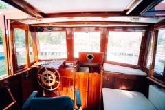Kanalboot Elleken-steuer2