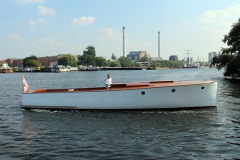 engelbrecht-motorkreuzer-24
